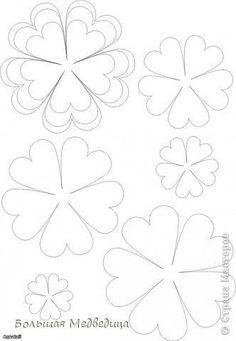 fleurs en papier – The World Paper Flowers Diy, Handmade Flowers, Felt Flowers, Flower Crafts, Fabric Flowers, Felt Patterns, Applique Patterns, Flower Patterns, Felt Flower Template