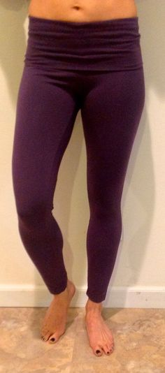The Hard Tail razor back ankle leggings feel and look great.  90% cotton and 10% lycra hold you in and   accentuate the positive.  The Deep purple is a nice color change from black but easy to wear.  Wear it back with the 3/4 sleeve raglan top in purple or whatever you like as your go to fitness or lounge legging.