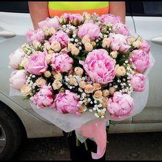 Букет из пионов с мелкоцветковой розой #цветы #розы #мелкоцветковаяроза #пионы #букет #букетназаказ #цветыназаказ #букетцветов #букетик #доставкацветов #доставкацветовкраснодар #цветочнаякомпозиция #краснодар #florist123 #cvetochniyvals #купитьбукет #цветывкраснодаре #цветыкраснодар #краснодарцветы #флорист123 #цветысдоставкой #цветысдоставкойвкраснодаре #цветысдоставкойкраснодар