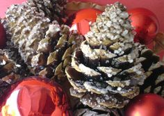 Sparkling Pinecone Fire Starters