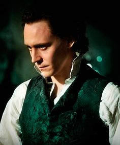 Sir Thomas Sharpe - Crimson Peak Italy https://twitter.com/CrimsonPeakIT/status/648860519273771008