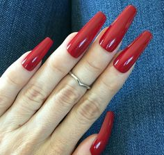 Long red nails, long fingernails, sexy nails, nails on fleek, coffin Long Red Nails, Long Fingernails, Coffin Nails Long, Short Nails, Red Nail Designs, Beautiful Nail Designs, Art Designs, Sexy Nails, Nails On Fleek