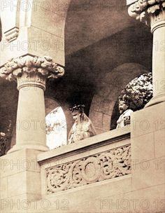 Incoronarea regilor Romanei - Alba Iulia Queen Anne, King Queen, Romanian Royal Family, Peles Castle, Royal King, Ferdinand, Descendants, Edinburgh, Queens