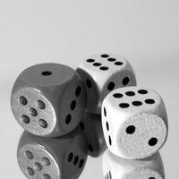 Alte Spiele, z. B. Armer schwarzer Kater, blinde Kuh, Teekesselchen