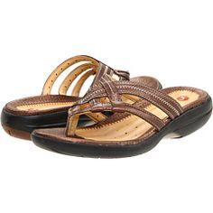 dsw clarks flip flops