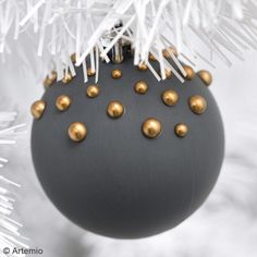 Harry Potter Christmas Decorations, Outside Christmas Decorations, Blue Christmas Decor, Black Christmas Trees, Classy Christmas, Christmas Ornament Crafts, Christmas Tree Themes, Noel Christmas, Modern Christmas