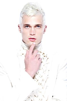 Dutty Wruck ¡White Hair!