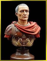Giulio Cesare, era una figura importante della conquista romana. Era, un imperatore che ha conquistato molti paesi nel bacino mediterraneo.