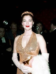 Ava Gardner at the premiere of The Barefoot Contessa in Hollywood 1954.