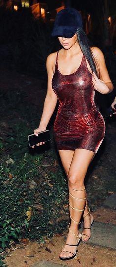 Pezones Kim kardashian