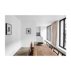 cafeineAlmost (christmas)dinner -#marbleporn #architecturalphotography for @nicolasschuybroek #antwerpen #marble #stone #kitchen #interior #naturalstone