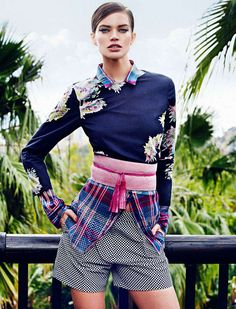ELLE Spain March 2013 - The ELLE Spain March 2013 editorial embraces ornate patterns, embellished textures and vibrant hues for the upcoming spring season. The perfect tra...