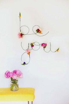 31 teen room decor ideas for girls diy projects for teens from elegant home art ideas Art Ideas For Teens, Diy Projects For Teens, Diy For Teens, Crafts For Teens, Art Projects, Project Ideas, Teen Diy, Diy Wand, Room Decor For Teen Girls