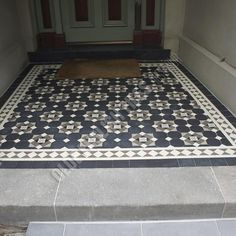 Olde English Tiles – Glasgow pattern with the Norwood border. Porch Tiles Uk, Porch Uk, Balcony Tiles, Entry Tile, Tiled Hallway, Entry Hallway, Porch Flooring, Tile Flooring, Floors