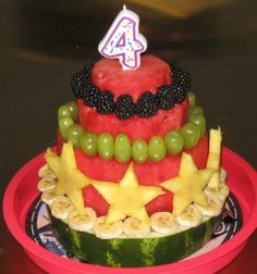 """The """"cake"""" I'm going to make for Austin's Birthday! It is fruit! So GOOD for you in comparison to traditional cakes! Healthy Birthday Cakes, Fruit Birthday Cake, Watermelon Birthday, Healthy Cake, Summer Birthday, Cake Made Of Fruit, Fresh Fruit Cake, Fruit Cakes, Cupcakes"""
