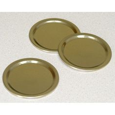Replacement gold flat lids for regular size canning jars. Reuse the rings from your home canning jars with these lids. Regular caps are 2-1/2 diameter. Buy in bulk - 348 lids/pkg. (Does not include bands).