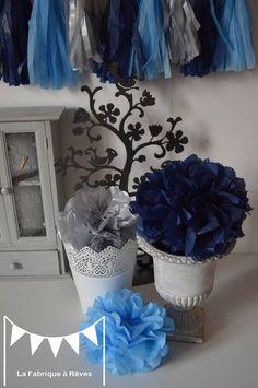 Chambre d 39 enfant b b gar on bleu gris argent blanc on pinterest tour de lit navy blue and for Accessoires garcons turquoise et gris