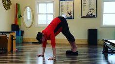 "Happy International Yoga Day! #Hyperwear #SandBell #sandbagtraining #SandBellSlam #yoga #InternationalYogaDay ・・・ ""25lb SandBell slam and slide sun salutation #sandbellyoga #sandbellslams"" -@mellolley"