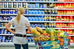 10 supermarket money-saving tips. investigates how to make your money go further when shopping for supermarket essentials Supermarket Shelves, Think Food, Dash Diet, Healthy Living Magazine, Food Labels, Light Recipes, How To Lose Weight Fast, Whole Food Recipes, Frugal Recipes