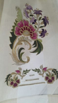 This Pin was discovered by Muh Simple Embroidery, Embroidery Suits, Embroidery Patterns, Hand Embroidery, Machine Embroidery, Edwardian Dress, Mural Painting, Embroidered Flowers, Diy And Crafts