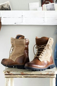 Leather and Suede boots Timberland Boot Company, Timberland Boots, Fashion Mode, Fashion Shoes, Mens Fashion, Men Dress, Dress Shoes, Well Dressed Men, Dresscode