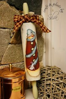 snowman on a rolling pin