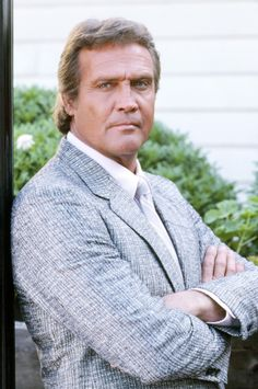 Lee Majors 1987 Larry Wilcox, The Fall Guy, Black Suit Men, Lee Majors, Childhood Tv Shows, Bionic Woman, Clean Shaven, Hollywood Cinema, Tv Westerns