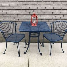 Pair Woodard Mesh Sculptra Patio Lounge Chairs Mid century Modern