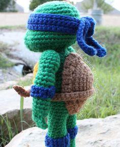 Free Ninja Turtles Amigurumi Pattern http://wixxl.com/free-amigurumi-patterns/