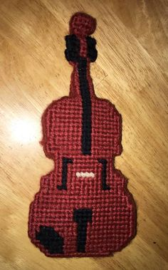 Plastic canvas violin by storerboughtcreations
