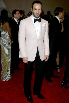 Dinner jacket is the North American term for a white tuxedo jacket. Dinner jackets are worn for bl. Tom Ford Quotes, Black Tie, Black Pants, Red Black, White Tuxedo Wedding, Blue Wedding, Trendy Wedding, Wedding Ideas, White Tuxedo Jacket