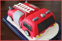 firetruck cake (in finnish)