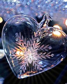 The perfect Heart Snowflake Shine Animated GIF for your conversation. Discover and Share the best GIFs on Tenor. Heart Wallpaper, Love Wallpaper, Galaxy Wallpaper, Heart In Nature, Heart Art, Love Heart Images, Beautiful Images, Winter Scenery, Water Art