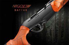 La carabina Benelli Argo E Battue è l'arma estremamente compatta, appositamente…