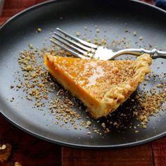 Tarte au caramel spécial Thermomix® – Ingrédients :1 rouleau de pâte feuilletée,400 g de boîte de lait concentré sucré,100 g de beurre mou,120 g de sucre en poudre...