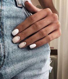 Nageldesign - Nail Art - Nagellack - Nail Polish - Nailart - Nails nagel design If you have been int Perfect Nails, Gorgeous Nails, Pretty Nails, Nail Design Glitter, Nails Design, Nail Polish, Neutral Nails, Pale Nails, Pastel Nail