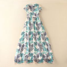 Cheap dress fitness, Buy Quality sleeve bridesmaid dress directly from China dresses female Suppliers: 2017 European Style Luxury New Heavy Beautiful Small Flower Embroidery Short Sleeved Sexy Perspective Long Maxi Dress. European Style, European Fashion, Flower Embroidery, Event Dresses, Small Flowers, Perspective, Summer Dresses, Luxury, Sexy