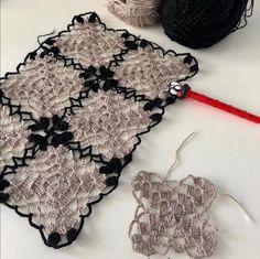 Crochet Necklace, Granny Squares, Instagram, Fashion, Pattern, Moda, Fashion Styles, Fashion Illustrations