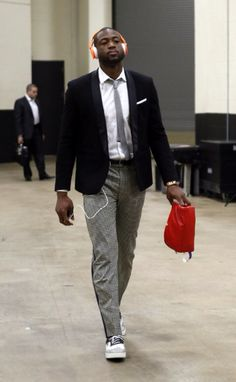 D-Wade's style is up their with the best of them.