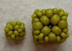Cube Bead Schema - diagram is fairly clear but not translatable into English. Similar to other beaded beads - size determines shape. #seed #bead #tutorial