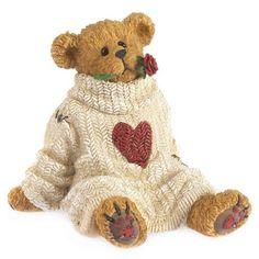 This Romeo Bear Figurine by Boyds is perfect! Teddy Bear Hug, Teddy Bear Cartoon, Teddy Bears, Bear Hugs, Bear Valentines, Funny Valentine, Charlie Bears, Paddington Bear, Boyds Bears
