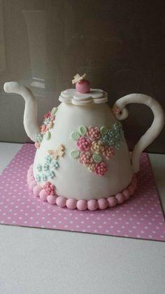 whoa!! that's a Tea pot cake!!!