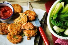 A simple Easy Thai fishcakes recipe for you to cook a great meal for family or friends. Buy the ingredients for our Easy Thai fishcakes recipe from Tesco today.