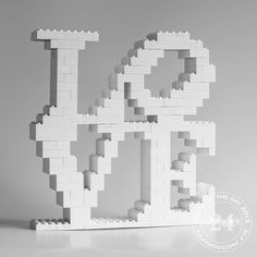 Lego Challenge Today's challenge was to recreate a sculpture of another artist. I did a boodle search for public art near me. Then had to widen it when I saw that most sculpture was more curved than straight. Straight is easier to replicate in Lego. Lego Duplo, Lego Design, Deco Lego, Lego Letters, Lego Wedding, Art Public, Lego Challenge, Lego Club, Lego Craft