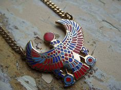 FREE SHIPPING Vintage Cloisart Bird Pendant and by theturniptruck, $28.50