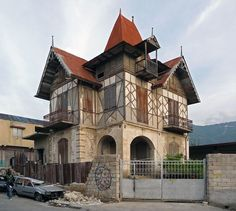 houses in haiti | Haiti picture: Gingerbread Houses are on the 2012 World Monuments ...