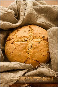 Pandolce genovese - Italian sweet bread