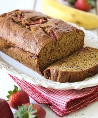 Strawberry Banana Bread - 2 Weight Watchers Points -  thegardeningcook....
