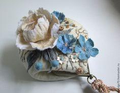 """Купить сумочка """"Акцент - Нежность"""" - голубой, нежность, небесно-голубой, молочный, букет, весенние цветы"""
