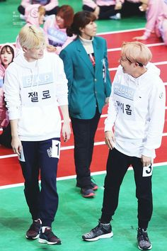 Hobi interacting with Zelo of B.A.P at the ISACs.
